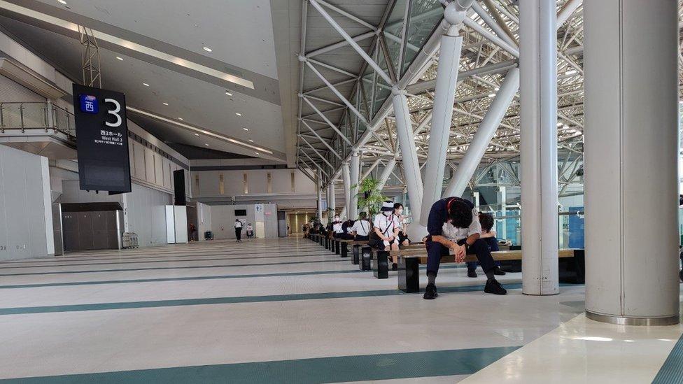 Empty space in the press centre